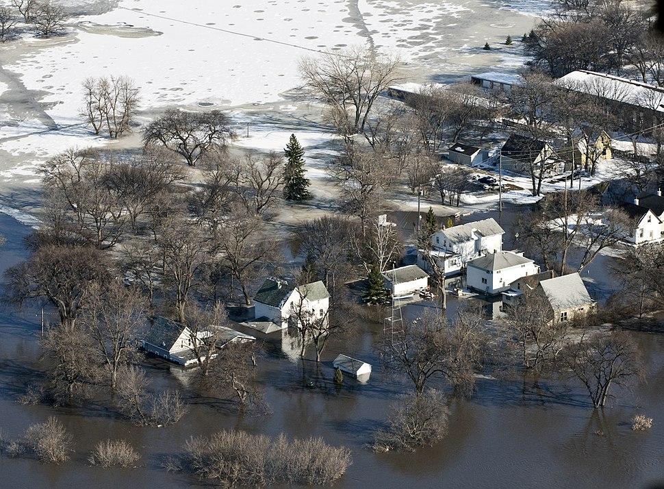 FEMA - 40347 - Flooded neighborhood in Fargo, North Dakota