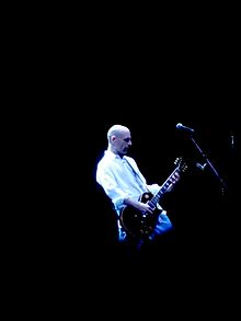 Hudson performing live during the Faith No More reunion tour