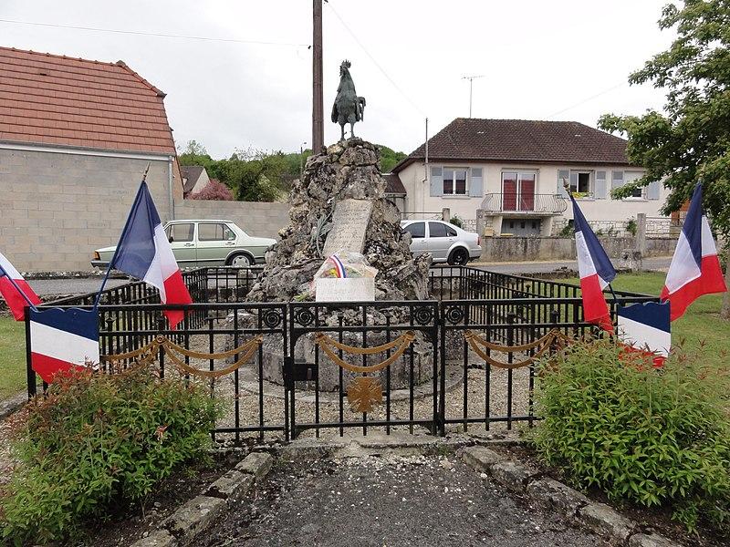Festieux (Aisne) memorial mai 1940, au nord du bourg