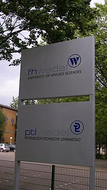 Fhw-logo-schild-20060809.jpg