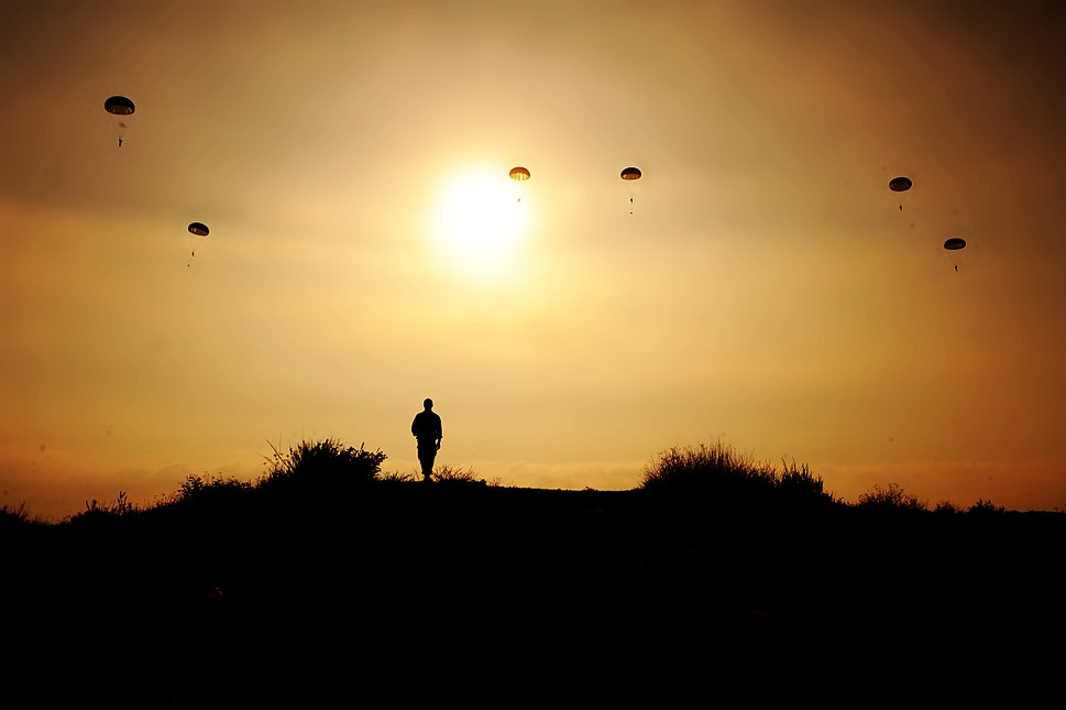 Flickr - Israel Defense Forces - Paratroopers in Training