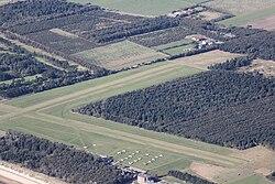 Flugplatz Wyk 60D 2013 09 29 9196.jpg