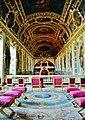 Fontainebleau Château de Fontainebleau Innen Dreifaltigkeitskapelle Empore 1.jpg