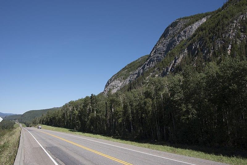 File:Fort Nelson Alcan Highway 4210.jpg