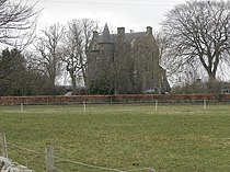 Fowlis Castle.jpg