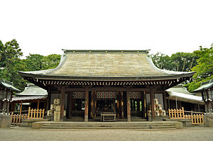 Hikawa Shrine (Saitama) - Image: Front shrine of the Hikawa shrine