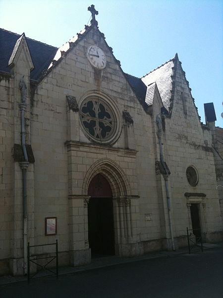 Facade de l'Eglise de Varennes-sur-Loire