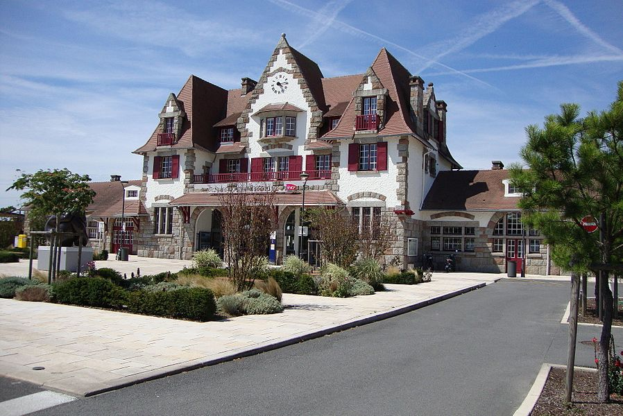 The railway station in La Baule-Escoublac (Pays de la Loire, France)