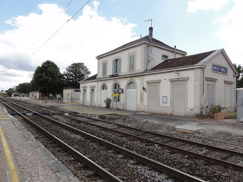 Gare de Nançois - Tronville (Meuse) coté quais