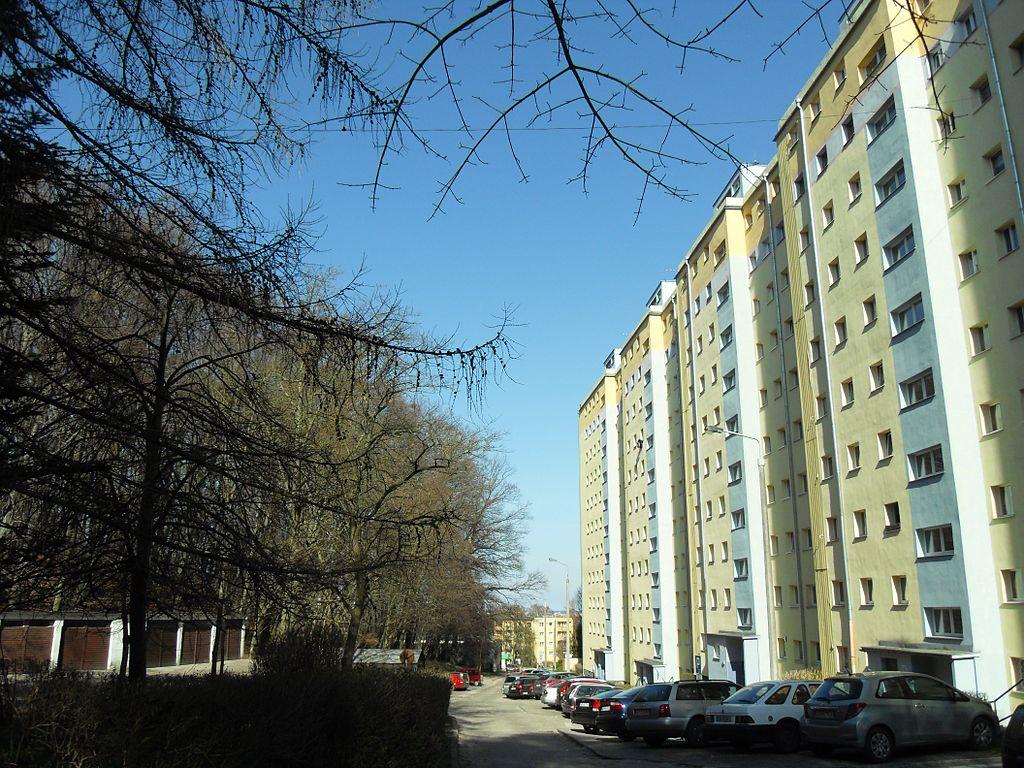 1024px-Gda%C5%84sk_Ulica_Rodakowskiego.JPG