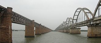 Tied-arch bridge - Godavari Arch Bridge in Rajahmundry.