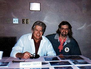 Gordon Scott - Gordon Scott with a fan in 1995