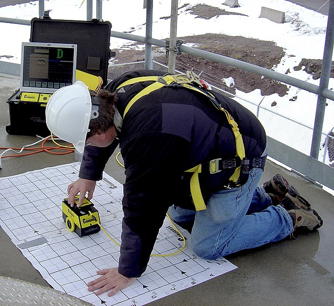 scanning concrete with ground penetrating radar
