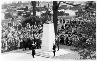 The unveiling of the memorial at Niagara Falls, Ontario in 1927, subsequently published as a postcard Great War Memorial Niagara Falls Canada.jpg