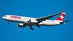 HB-JHE KJFK (37515479080).jpg