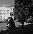 Hakasalmen huvila, Karamzininkatu 2 (=Karamzininranta ). Helsingin kaupunginmuseo - N213207 - hkm.HKMS000005-00001152.jpg