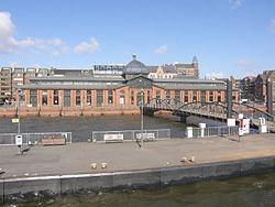 Hamburg Hafen 14 (RaBoe).jpg