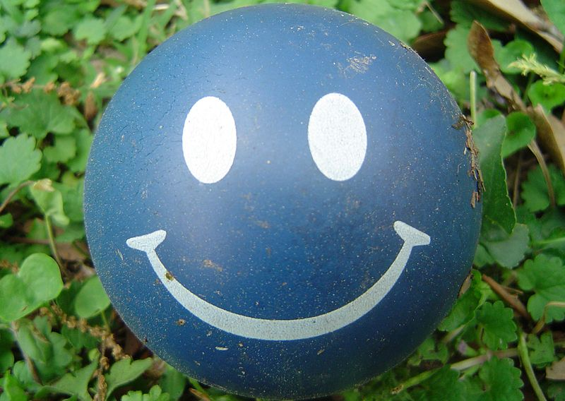 File:Happy face ball.jpg