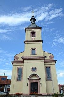Heßdorf Evangelische Kirche 003.jpg