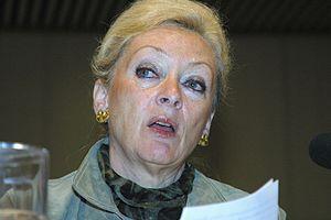 Helle Degn - Image: Helle Degn, tidigare kommissionar vid ostersjostaternas rad, dansk minister och riksdagsledamot talar vid temamotet i Helsingfors 2004