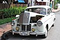 Here is an antique Mercedes too! (14603378634).jpg