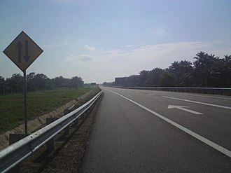 Two-lane expressway - The two-lane expressway section of the South Klang Valley Expressway E26 in Malaysia