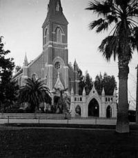 Holy Cross Church at Santa Cruz circa 1900 Keystone-Mast.jpg