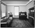 INTERIOR, LOOKING EAST IN FRONT ROOM - Martin Luther King Jr. Birth Home, 501 Auburn Avenue, Atlanta, Fulton County, GA HABS GA,61-ATLA,48-7.tif