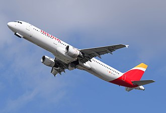 Climb (aeronautics) - An Iberia Airbus A321 on the climbout from London Heathrow Airport