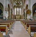 Interieur, overzicht richting hoofdaltaar - Breda - 20332246 - RCE.jpg