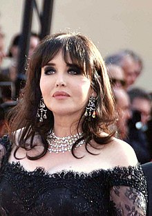 220px-Isabelle_Adjani_Cannes_2009_2