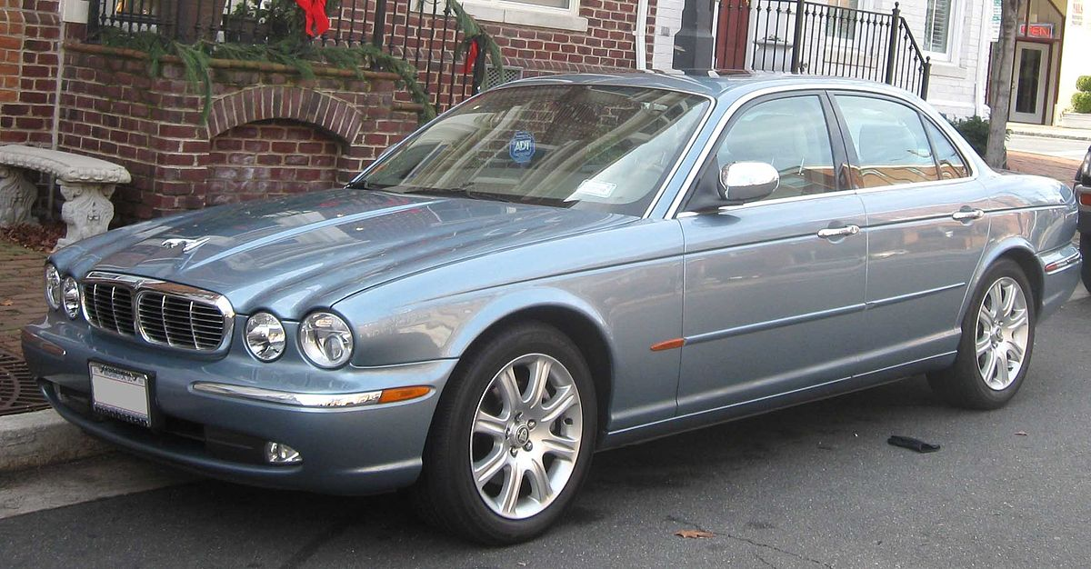 Jaguar XJ  X350   Wikipedia