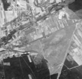 Janikowo and airstrip of Aeroklub Poznań (Poland) seen by the American reconnaissance satellite Corona 98 (KH-4A 1023) (1965-08-23).png