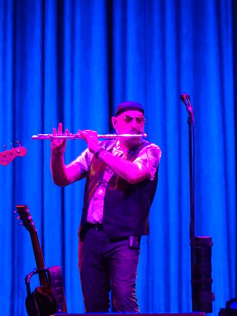 Anderson plays flute in Zagreb, Croatia, on 13 October 2018. Jethro Tull u Zagrebu 2018 - Ian Anderson.jpg