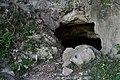Jii-no-ana cave (6848216536).jpg