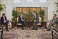 Jorge Faurie and Lee Hsien Loong 01.jpg