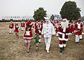 Julemænd og Pjerrot på Bellevue.jpg