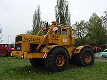 Kirovets K-700 - Wikipedia, the free encyclopedia