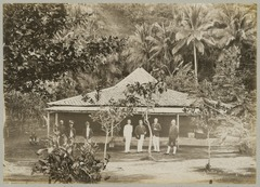 KITLV 12585 - Kassian Céphas - Pasanggrahan at Parangtritis south of Yogyakarta - 1897-04.tif
