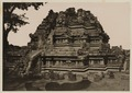 KITLV 40061 - Kassian Céphas - East side of the Vishnoetempel of Prambanan near Yogyakarta - 1889-1890.tif