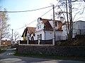 Kamenice-Ládví, Benešovská E1476, Listová 126, 127.jpg