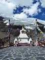 Karo La Pass (23467139809).jpg