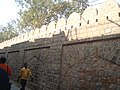 Kashmere Gate - Old City wall at Nicholson Road 02.jpg