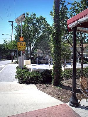 Knox Park, Dallas - Image: Katy Trail Knox Street