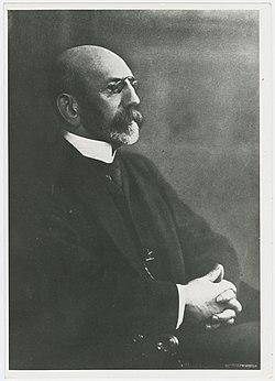 Kazimierz Marian Morawski portrait 2.jpg