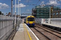 Kentish Town West railway station MMB 04 378213.jpg