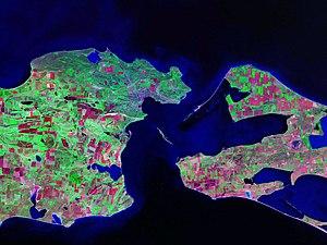 Kerch Strait Landsat.jpg