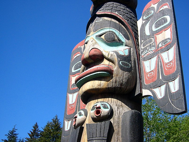 Photo of a Kethican totem pole