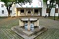 Kriemhildplatz Brunnen.JPG