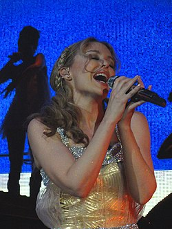 Kylie Minogue I Believe In You Aphrodite Les Folies tour.jpg